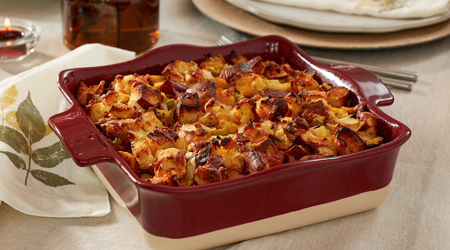 Wisconsin Cheese Bacon-Beer Cheddar Stuffing Recipe