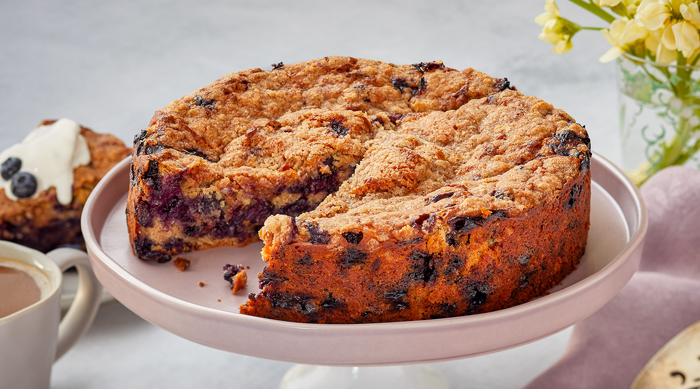 Wisconsin Cheese Cheddar-Blueberry Buckle Recipe