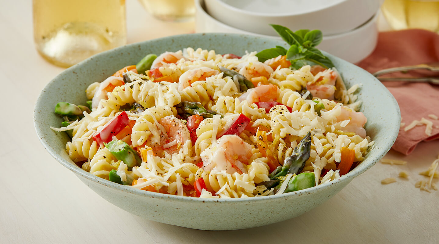Wisconsin Cheese One-Pot Shrimp Pasta Primavera recipe