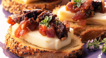 Bruschetta with Limburger, Figs and Grilled Onions