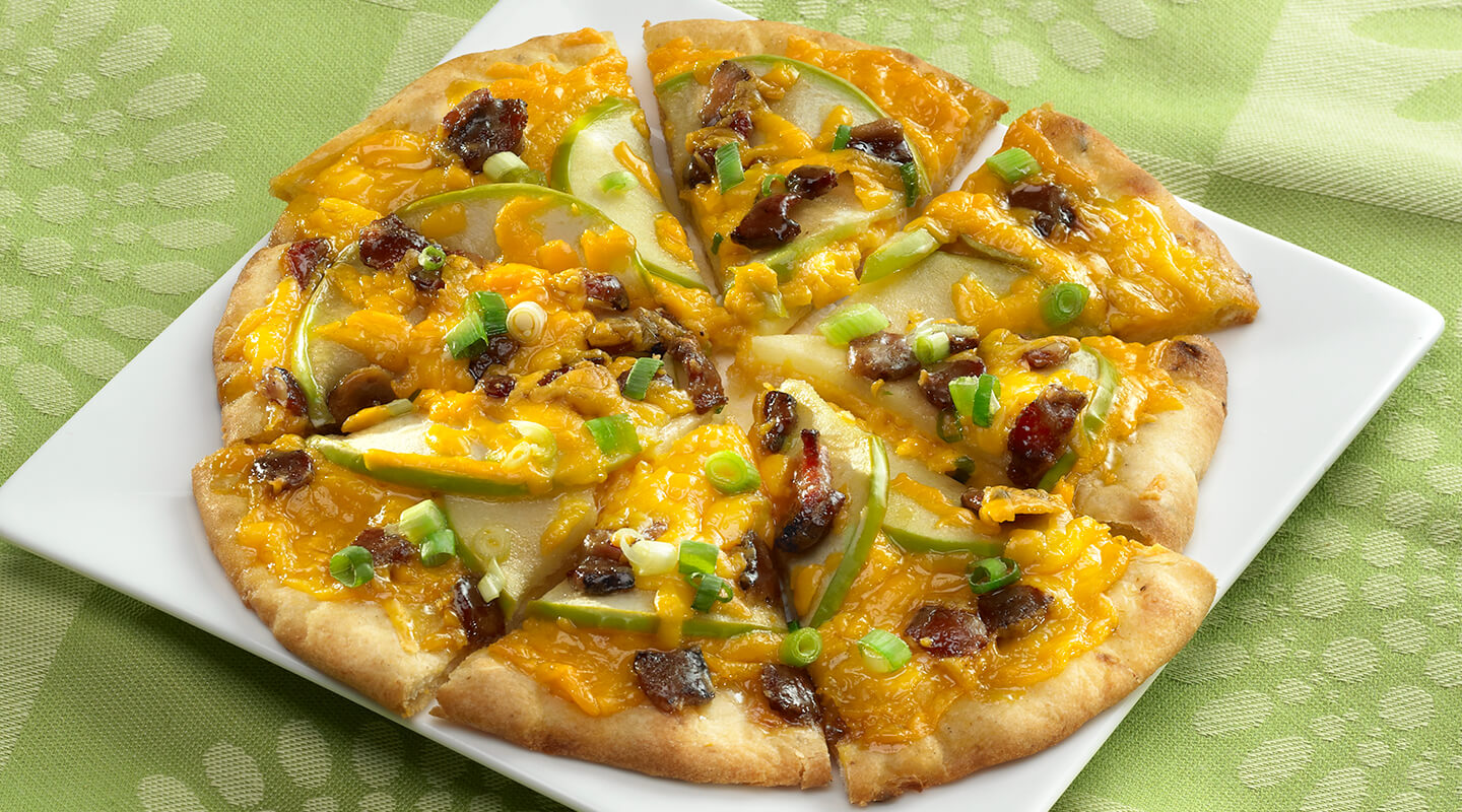 Wisconsin Cheese Aged Cheddar and Maple Bacon Flatbread  Recipe