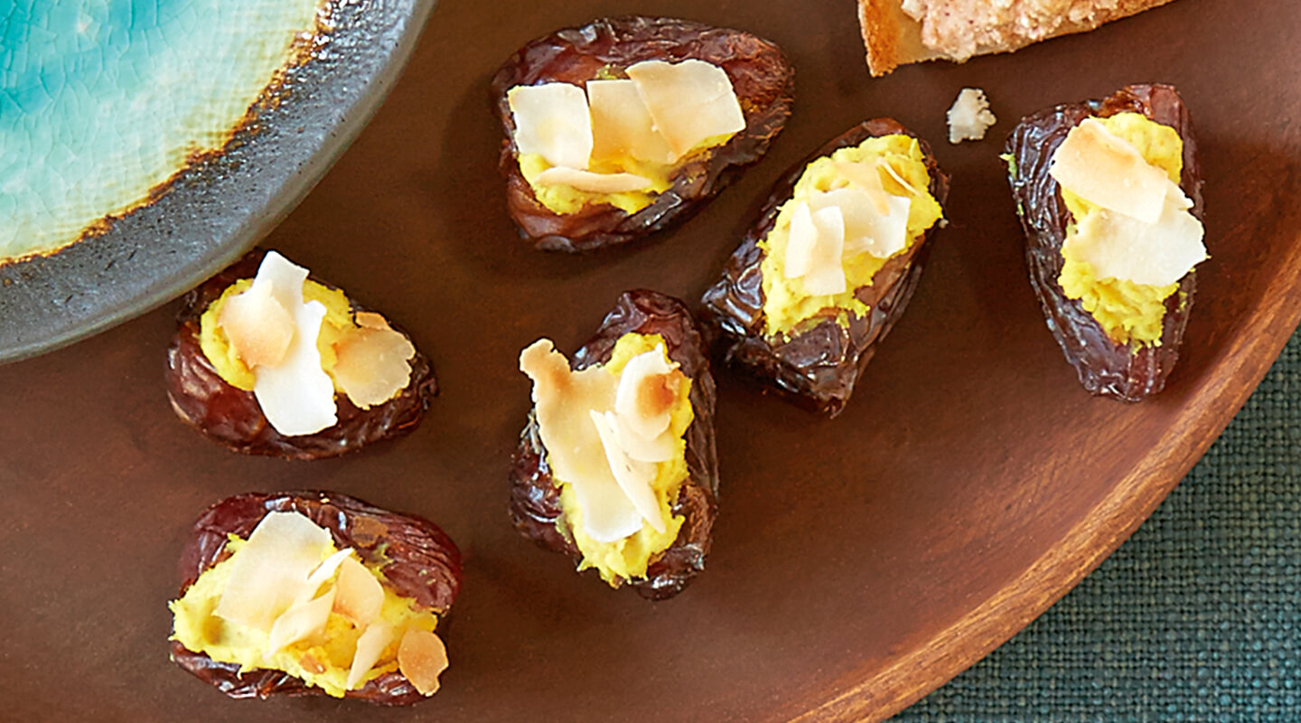 Wisconsin Cheese Curried Mascarpone Dates recipe