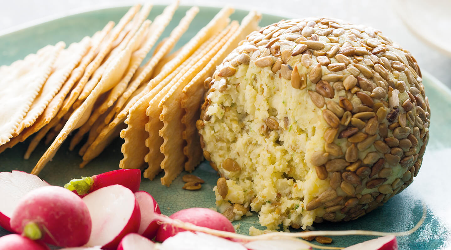 Wisconsin Cheese White Cheddar and Chive Cheese Ball Recipe