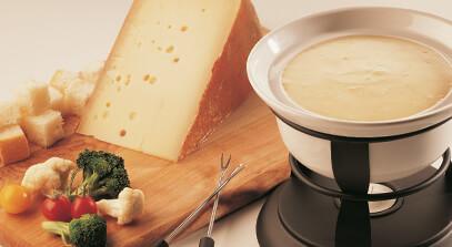 Alpine-Style Cheese Fondue