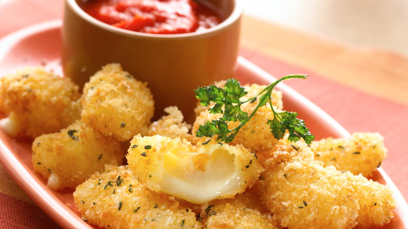 cheddar cheese curds with roasted tomato coulis wisconsin cheese