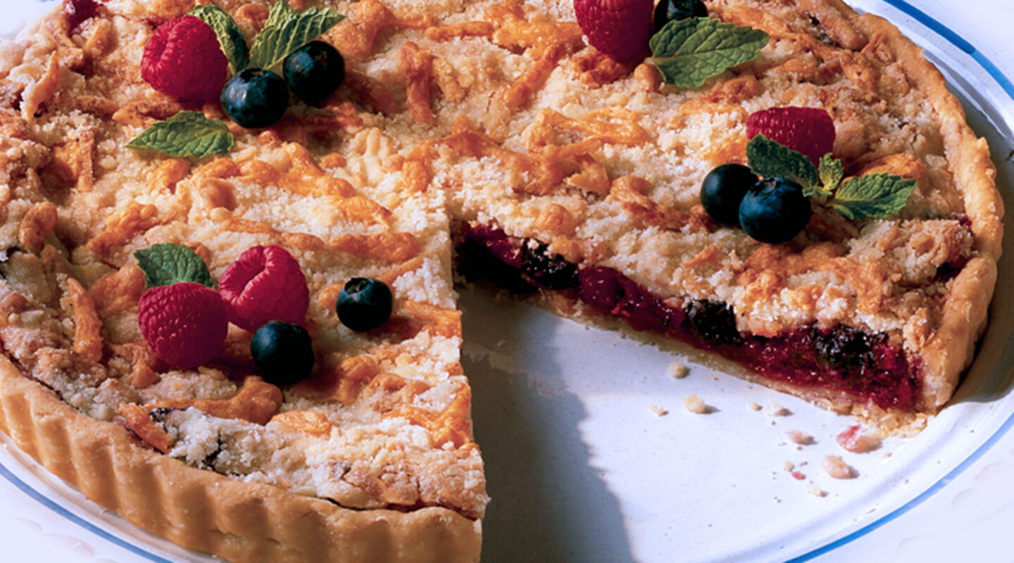 Wisconsin Cheese Berry Cheddar Tart Recipe