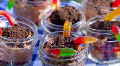 chocolate mascarpone dirt cake