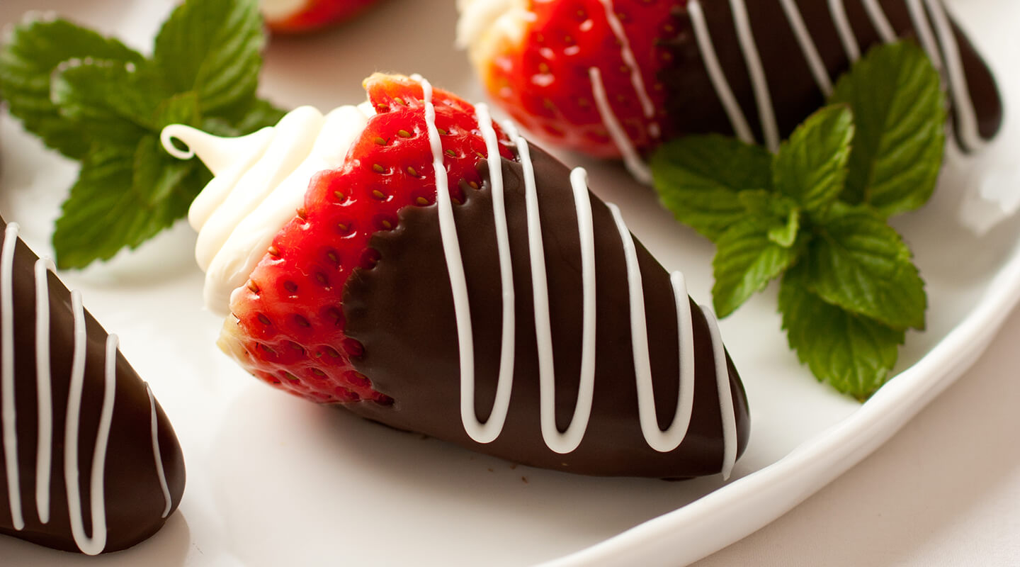 Wisconsin Cheese Mascarpone-Stuffed Chocolate Strawberries  Recipe