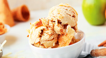 Cheddar Apple Pie Ice Cream