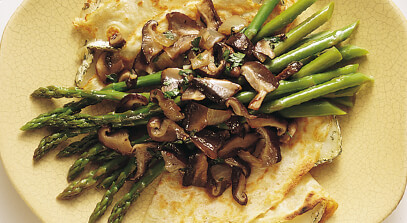 Crêpes with Wild Mushrooms, Asparagus and Brie