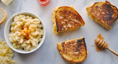 Gouda and Hot Honey Macaroni Grilled Cheese