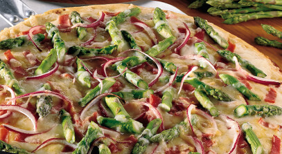 Alpine-Style Cheese, Asparagus and Prosciutto Pizza
