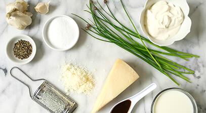 Creamy Parmesan Peppercorn Dressing