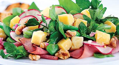 ham and cheddar salad with aged cheddar