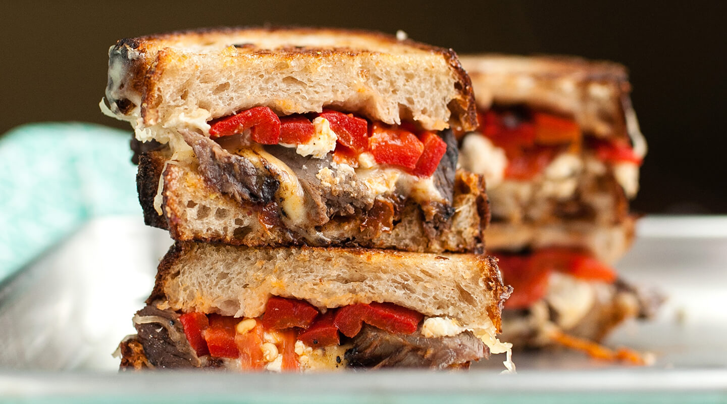 Wisconsin Cheese Steak and Roasted Red Pepper Melts Recipe