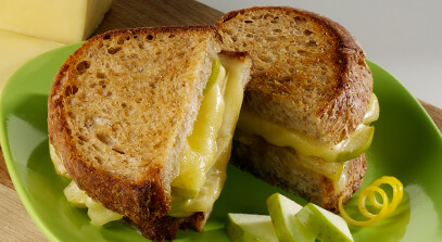 Grilled Havarti Sandwich with Spiced Apples