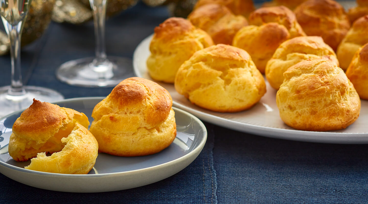 Wisconsin Cheese Cheddar Blue Cheese Puffs   Recipe