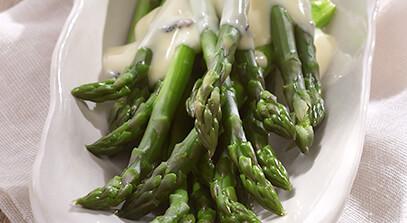 asparagus with truffle fonduta
