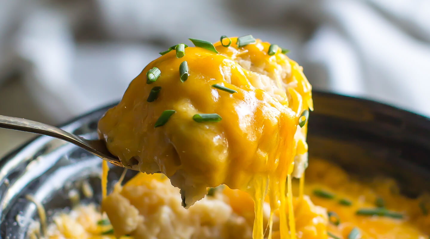 Slow-Cooker Cheddar and Chive Mashed Potatoes
