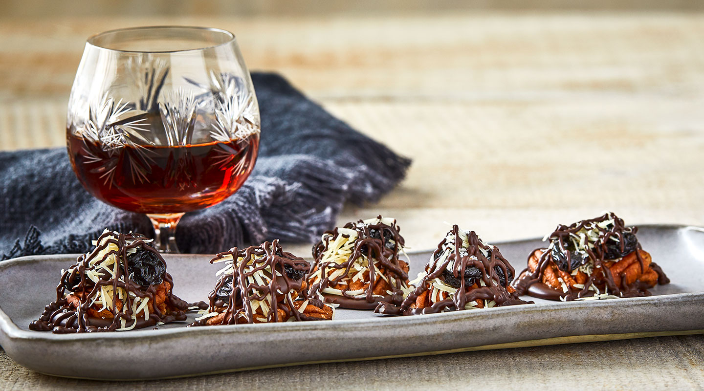 Wisconsin Cheese Chocolate-Parmesan Pecan Clusters Recipe