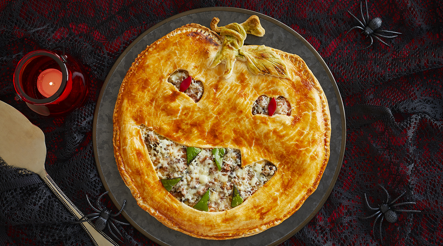 Wisconsin Cheese Jack-o'-Lantern Beef Potpie  Recipe