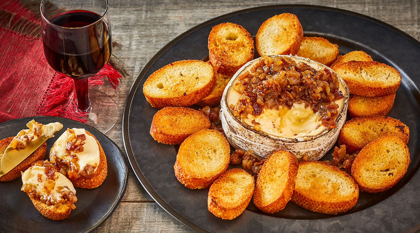 Wisconsin Cheese Rush Creek Reserve with Bacon-Onion Jam recipe