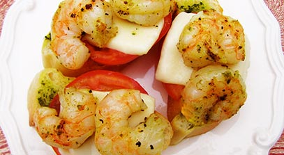 parmesan and fresh mozzarella shrimp crostini