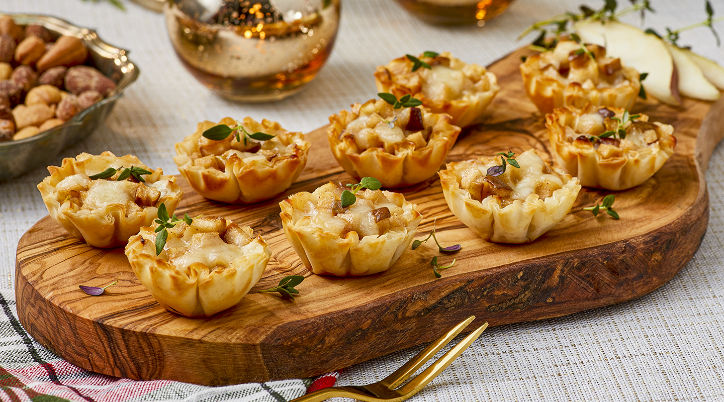 Wisconsin Cheese Spiced Pear Tartlets Recipe