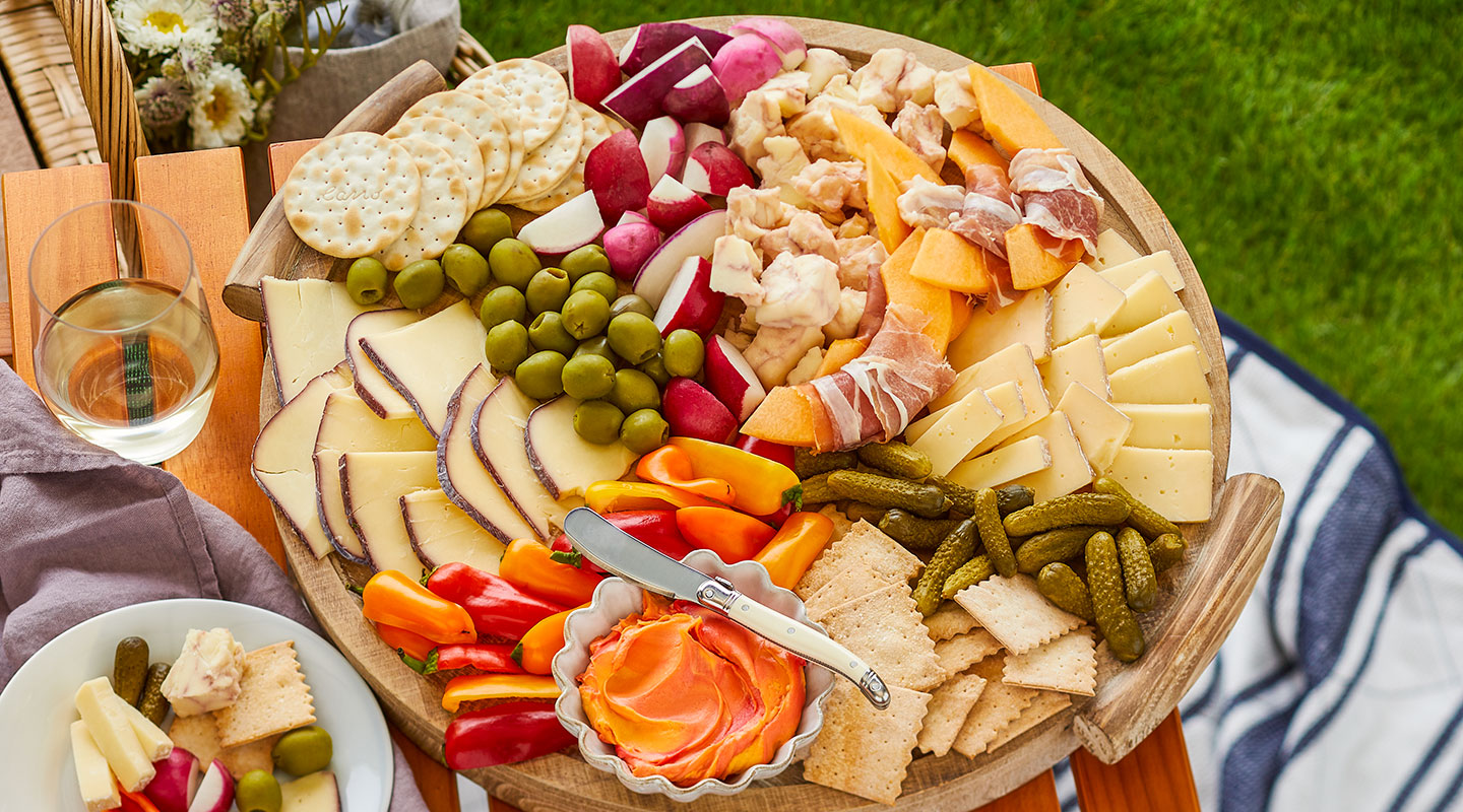 Wisconsin Cheese Wine-Inspired Cheeseboard Recipe